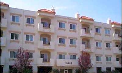 Building, 16640 Devonshire, 0