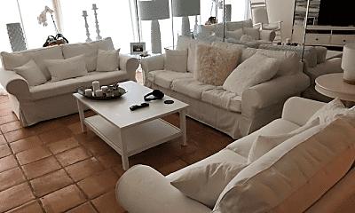 Living Room, 4740 S Ocean Blvd, 2
