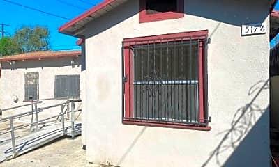 Building, 517 E 61st St 1/2, 1