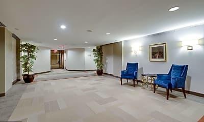 Living Room, 1530 Key Blvd 311, 2