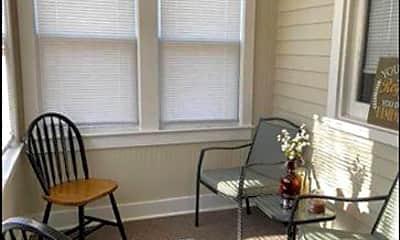 Patio / Deck, 512 Arndt Ave A, 1
