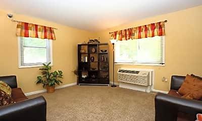 Living Room, 1323 N Woodington Rd, 2