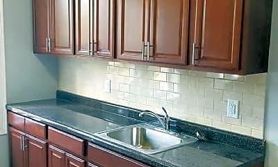 Kitchen, 166 Summit Ave, 1
