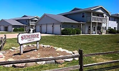 Stoneridge Apartments, 1