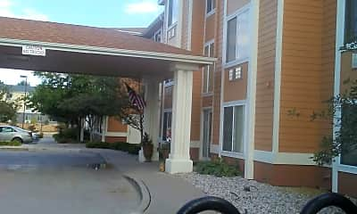 Brookdale Vista Grande, 2