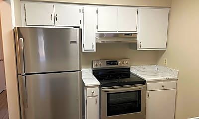 Kitchen, 720 Powell Dr, 0