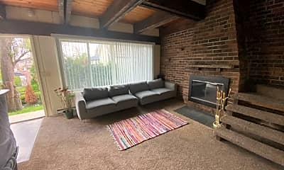Living Room, 389 N Crystal Ave, 1