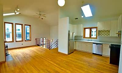 Living Room, 817 N Milwaukee Ave, 1