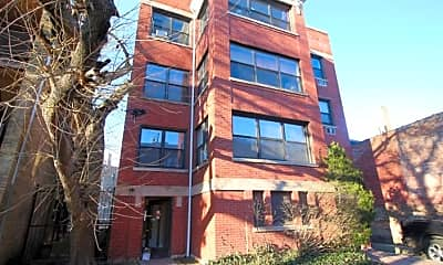 Building, 7628 N Rogers Ave, 1