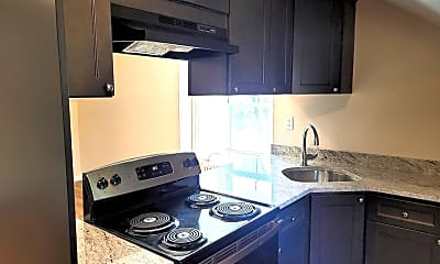 Kitchen, 211 S Henderson Rd 5, 1