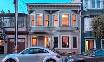 Building, 166 Hancock St, 2