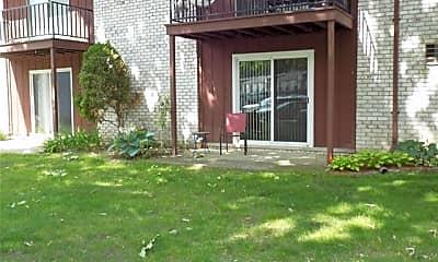 Building, 7662 Woodview St 2, 1