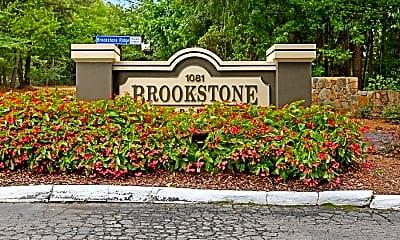 Brookstone, 2