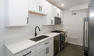 Kitchen, 3245 N Damen Ave, 1