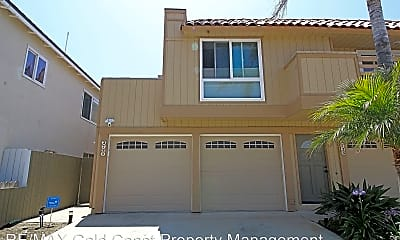 Living Room, 3721 Sunset Ln, 1