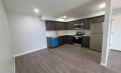 Kitchen, 1209 S Howard St, 1