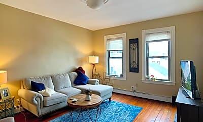 Living Room, 142 K St, 1