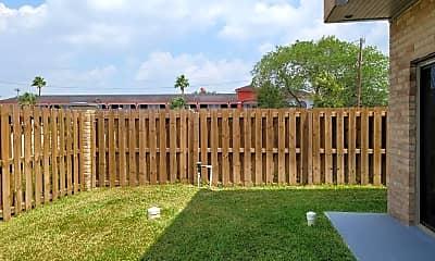 Building, 7701 Via Del Mar Cir 8, 2