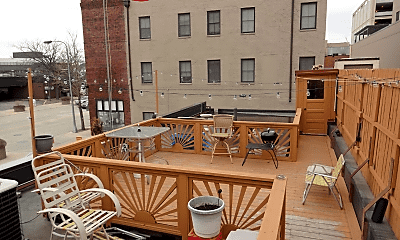 Patio / Deck, 1 Broadway Ave S, 1