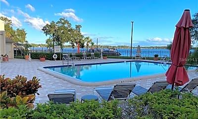 Pool, 90 S Highland Ave 209, 2