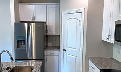 Kitchen, 808 Arrington Way, 1
