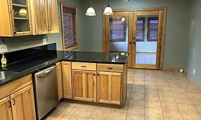 Kitchen, 880 Dietz St, 1