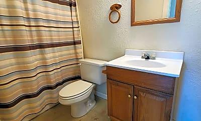 Bathroom, 388 N Buchanan St, 2