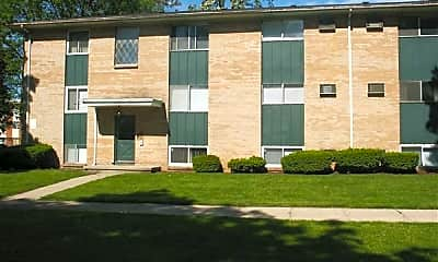 Building, 600 River St, 2