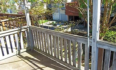Patio / Deck, 907 Chestnut Hill Ave, 2
