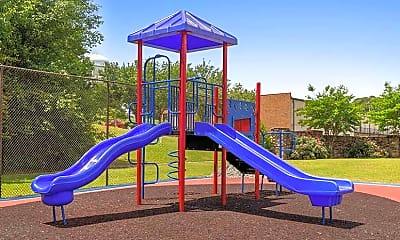 Playground, Villas 52, 2