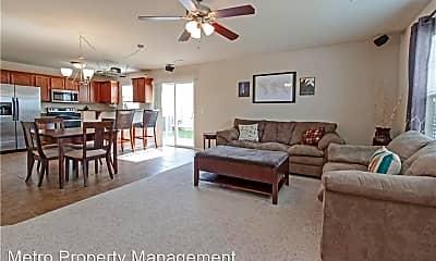 Living Room, 4480 W Pecan St, 1