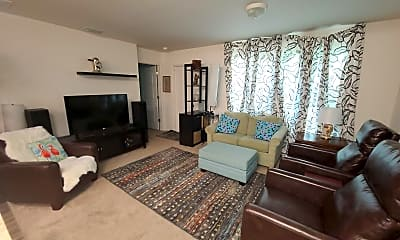 Living Room, 26492 Mary Ave, 1