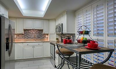 Kitchen, 5124 N 31st Pl 538, 1