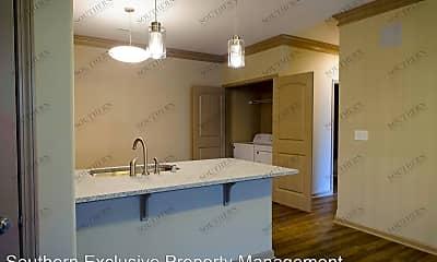 Kitchen, 307 Professional Park Dr, 1