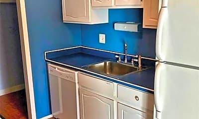 Kitchen, 15646 Dupage Blvd 75, 1