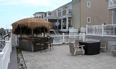 Patio / Deck, 3184 Beachview Dr, 2