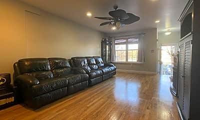 Living Room, 76 Dartmouth Loop 2F, 1