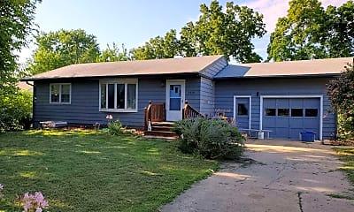 Building, 2218 Cedar Acres Dr, 1