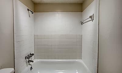 Bathroom, Bremerton Park Apartments, 2