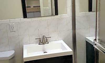 Bathroom, 83-10 Grand Ave, 1
