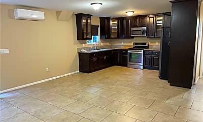 Kitchen, 5509 1/2 Huntington Dr N, 0