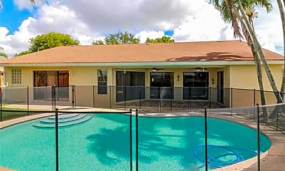 Pool, 11235 NW 43rd Pl, 1