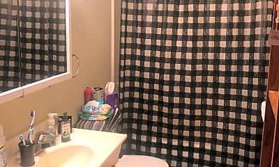 Bathroom, 10620 W Horseshoe Bend Rd, 1