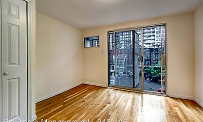 Living Room, 416 E 73rd St, 1