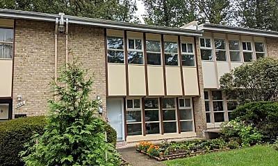 Building, 4445 Forest Glen Ct 4445, 0