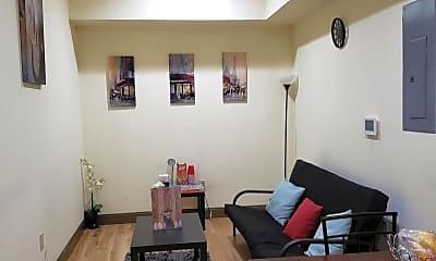 Living Room, 439 N 13th St 3C, 1