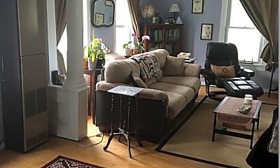 Living Room, 172 N Winooski Ave, 0