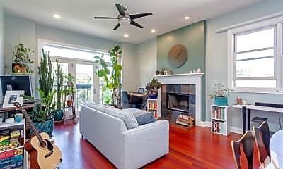 Living Room, 1831 N Fairfield Ave, 1