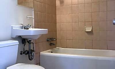 Bathroom, 272 Abbot Ave, 2