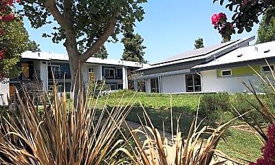 La Canyon Club, 2